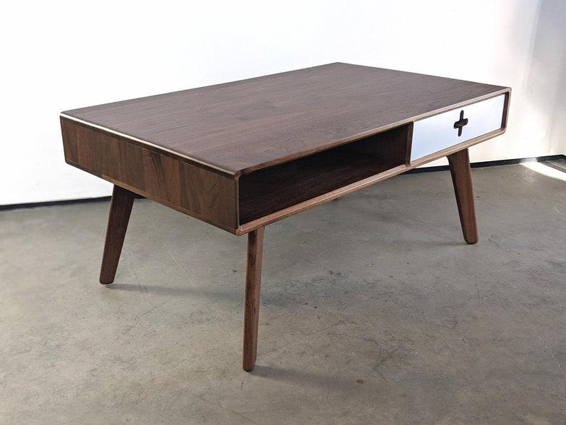 Beau Mid Century Modern Coffee Table, Walnut Retro Coffee Table, Scandinavian  Living Room Furniture