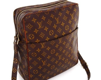 4d671157fd09 Authentic Vintage Louis Vuitton Brown Monogram Canvas Leather Marceau GM Crossbody  Bag