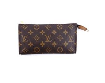 576ae6dd2449 Louis Vuitton Brown Pochette Toiletry 20 Monogram Canvas Leather Travel  Dopp Cosmetic Bag