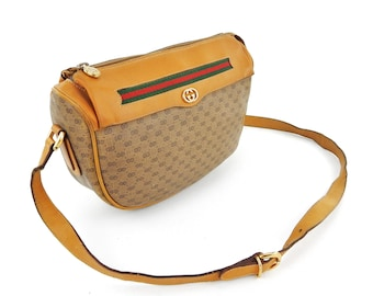 Vintage Gucci Brown Micro Web GG Monogram Canvas Leather Shoulder Crossbody  Bag Italy 9516d4099be5