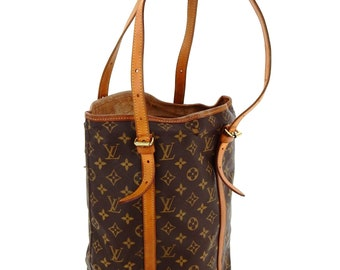 Authentic Vintage Louis Vuitton Monogram Canvas Leather Bucket GM Shoulder  Bag 4d2aa895655b4