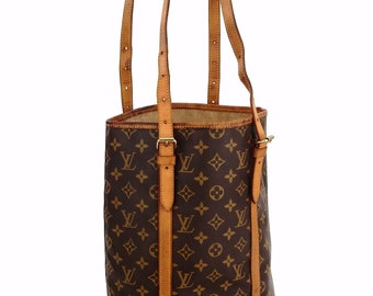 a70c5b014eae Authentic Vintage Louis Vuitton Monogram Canvas Leather Bucket GM Shoulder  Bag