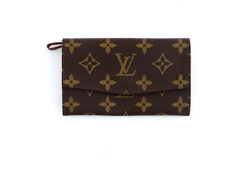 6eb91493a59d Authentic Vintage Louis Vuitton Monogram Canvas Leather Tresor Clutch Mid  Size Wallet France