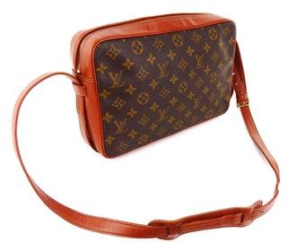 a6baf2b728ad Authentic Vintage Louis Vuitton Sac Bandouliere 30 Monogram Canvas Leather  Crossbody Messenger Bag