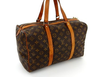 8d7142eaa74e Authentic Rare Vintage Louis Vuitton Brown Monogram Canvas Leather Sac  Souple 35 Weekend Travel Duffle Bag
