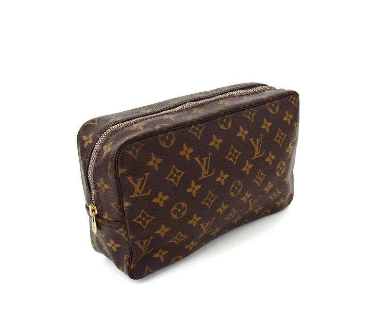 f4dc4e49fa58 Vintage Louis Vuitton Brown Trousse Toiletry Bag 28 Monogram