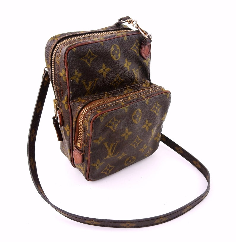 bfb65a060b27 Authentic Vintage Louis Vuitton Brown Monogram Canvas Leather Amazon  Crossbody Bag