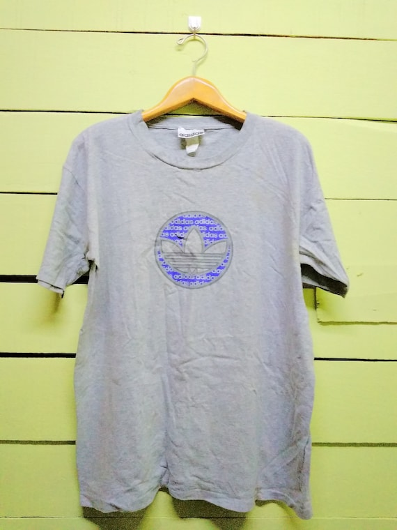 e87409e5c1845 Vintage 90's Adidas Trefoil Big Logo Hip Hop Streetwear T-Shirt Shirt Tees  (L Size)