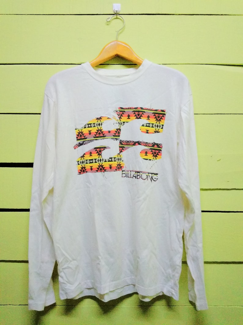 26ead33354b56 Vintage 90's Billabong Big Logo Printed Hawaii Surfing Street Wear Long  Sleeve T-Shirt L Size