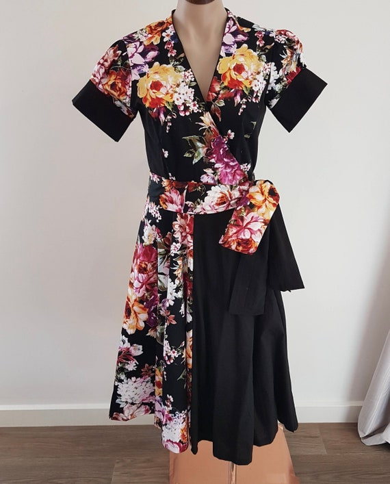 Handmade Black Multi colour Floral Wrap Dress, w Short Sleeves, Vintage Styling, size AU 10 S