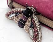Bee enamel pin, Cicada brooch, bead jewelry, bordeaux brooch, embroidery brooch, insect jewelry broche art deco, Boucher brooch, broche