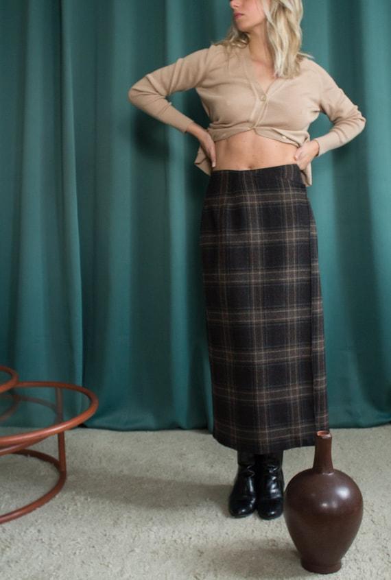Rodier wrap skirt / Vintage tartan skirt / Wrap wo