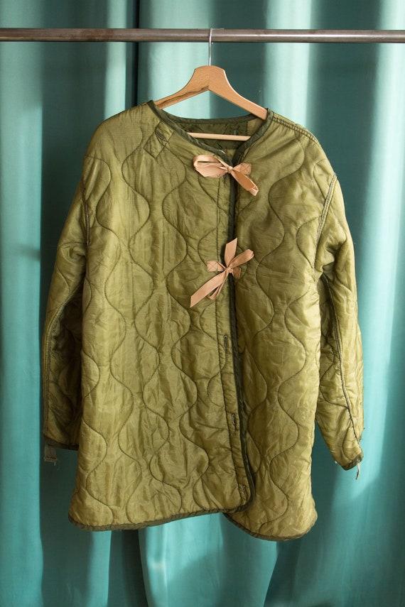 Vintage quilted short jacket / Reworked olive gree
