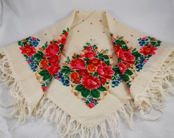 Ukraine wool shawl with fringed , Babushka scarf flowers , Vintage folk headscarf for women, Russian soviet shawl