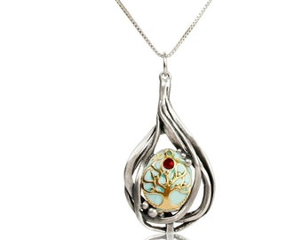GiftJewelryShop Ancient Style Silver Plate Albania Flag Christmas Wreath Charm Pendant Necklace
