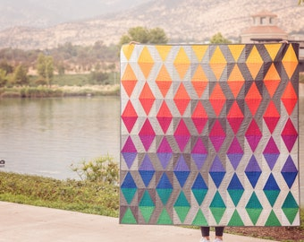 """Quilt Patterns """"Sky with diamonds"""" - Throw size 60"""" x 60"""". Multicolor. Modern Quilt Pattern."""