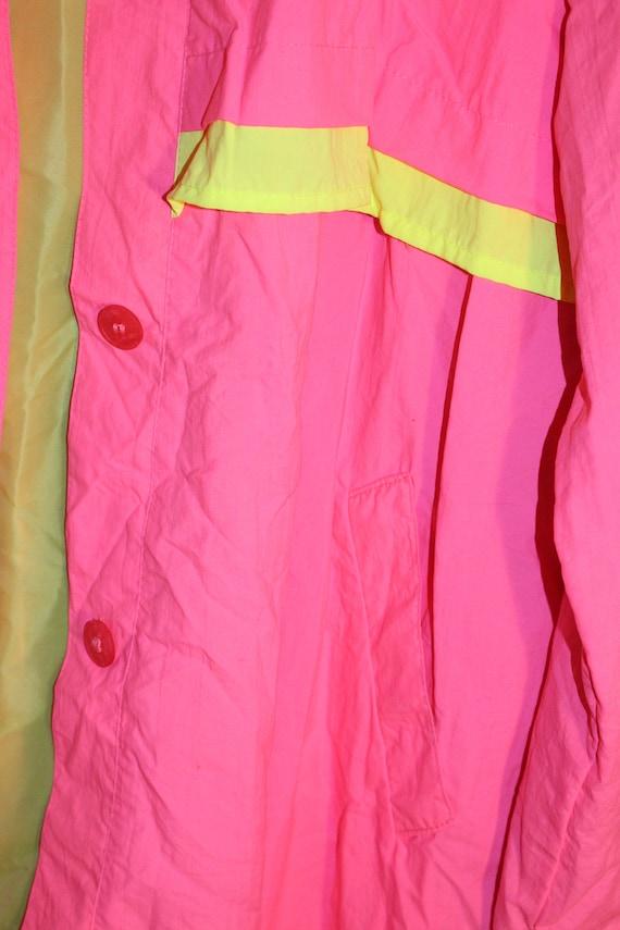 Vintage Neon Pink Trench Coat - Vintage Neon Tren… - image 6
