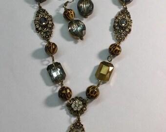 Vintage leopard necklace