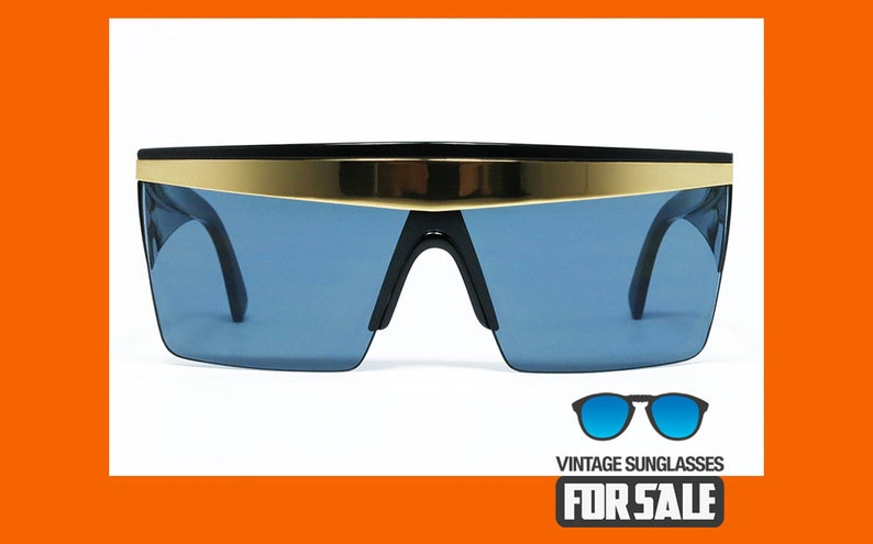 a22297d1bcec9 Vintage sunglasses Gianni Versace UPDATE 676 col. 852 BK MASK