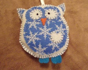 Wise owl felt white and blue Christmas ornament decoration