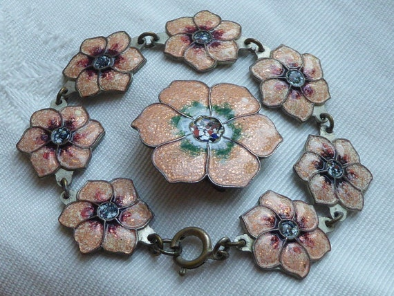 Antique  Set : Bracelet with Brooch enamel flower
