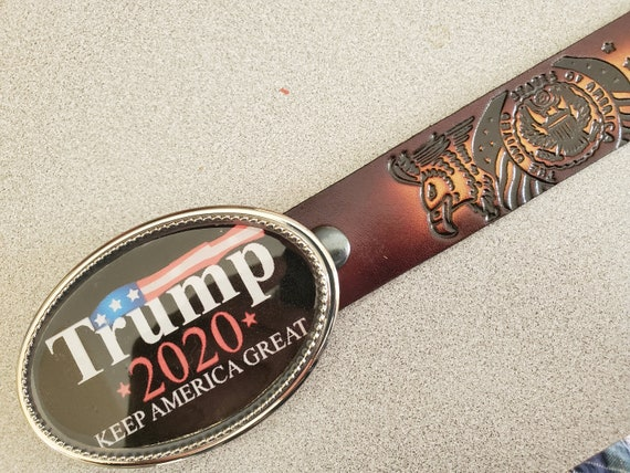 KEEP AMERICA GREAT /& Black Bonded Leather Belt TRUMP 2020 Epoxy Belt Buckle