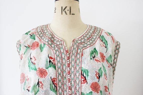 Vintage embroidered Moroccan kaftan