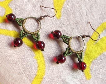 """Queen crazy"" by TohyaArtisanat red bead earrings"