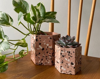 Terrazzo plant pots in dusty pink | geometric plant pot