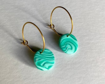 READY MADE |  Simple small hoop earrings with marbled mint drops