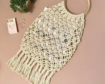 READY MADE | Macrame market bag in cream cotton with wooden handles