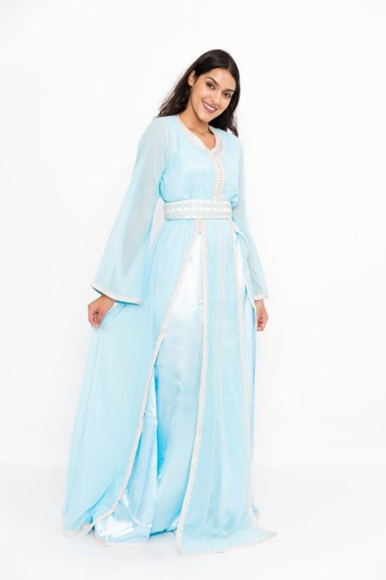 reputable site 46b08 2352f Kaftan moderno marocchino, abito lungo, elegante blu cielo / abito giallo,  moda marocchina, abito da sposa, elegante Kaftan, abito da sera
