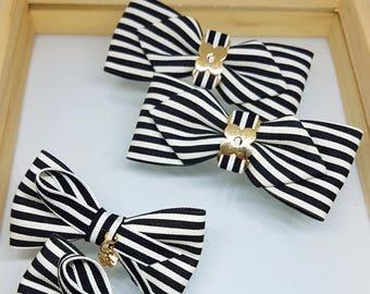 Black and White Stripe Fabric Bow Alligator Clip (7cm, 8cm) 2 style