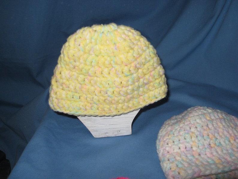 handmade New USA crochetknit set of 3 Infant premee beanie hats