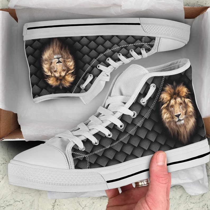 e5fbe9654ade3 Lion Head Men's And Women's Shoes, Lion Shoes Art Pattern, Black And White  Lion High Top Shoes, Graphic Design Shoes, Lion Hightops