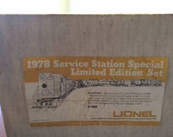 Lionel 1978 Service Station Special Limited Edition Set, 6-1868 S/S