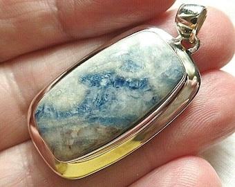Gold jump bail 98ct; Blue Sheelite from Turkey Natural Onyx Pendant Lapis Lace