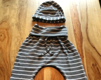 Handcrafted evolutive pants size 1 year to 3 years