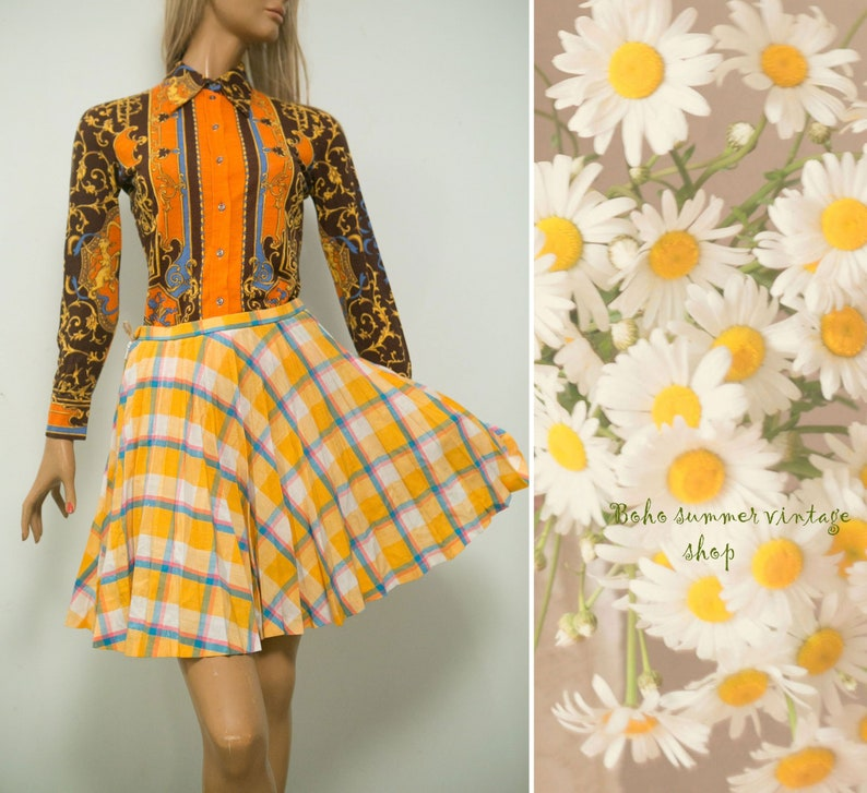389bb5cff4 Vintage 60s mini skirt/ Twiggy style accordion pleated yellow   Etsy