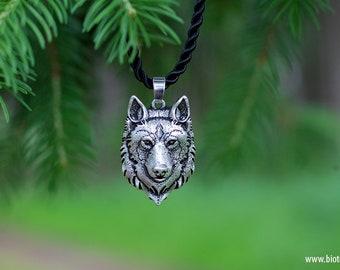 Wolf Pendant Chain Jewelry Vegan Silver
