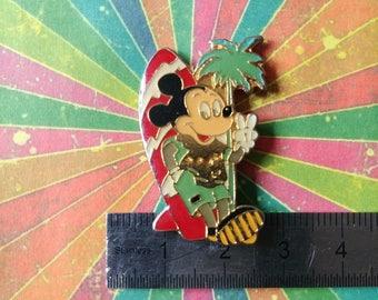 Vintage walt disney mickey surfer Beach retro enamel pins