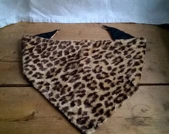 f20a31f9cc24 Vintage 1960s faux fur leopard print headscarf   neckerchief