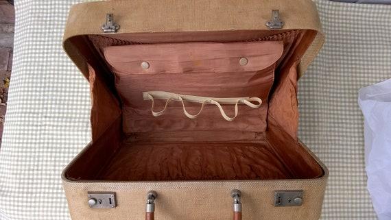 Vintage 1950s 'Revelation' tweed train case  vani… - image 8