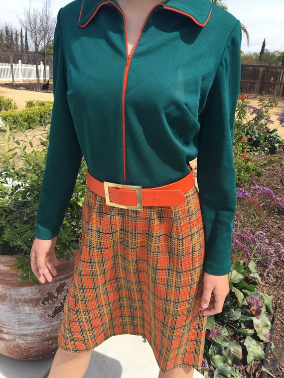 1970s Zip front plaid dress
