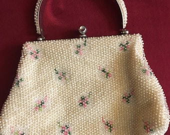 Beautiful Vintage 1940s Ivory Beaded Handbag Floral