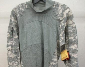 f7082b8307 US Army Combat Shirt Acs LARGE Massif Flame Resistant ACU Camo New