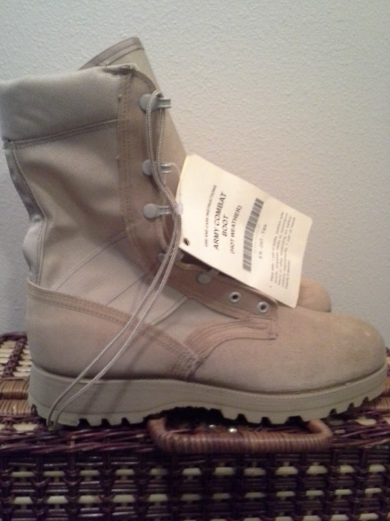 67053641833 Wellco US ARMY Desert Combat Boots Military Hot Weather Size 10R New Vibram  USA