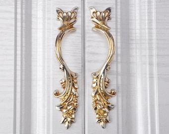 "Vintage Door Drawer Pull Antique Brass French Provincial Dresser Handle 3/"" OC"