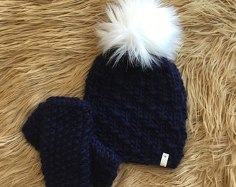 New England Patriots - Matching Set! Navy blue hand knit luxury hat with  matching fingerless mitts! 2f70f275e