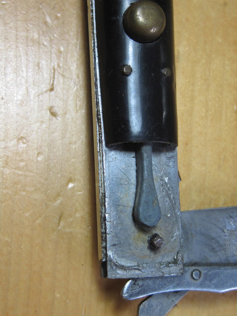 Vintage Rizzuto Estileto Milano Stiletto Button Lock Pocket Knife Black  Stainless Steel Bail Folding Folder For Parts Or Repair